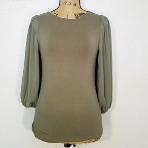 FINAL PRICE Vince Camuto sheer sleeve knit top